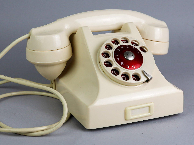 Ericsson 1947 phone